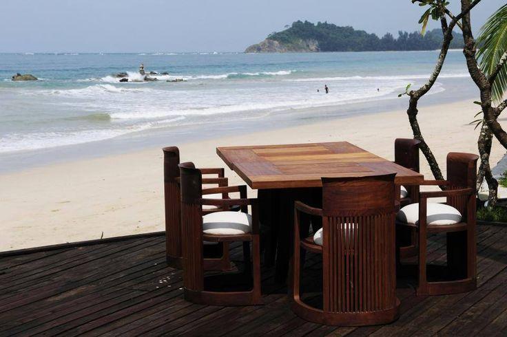 L'Hôtel Ngapali Bay Villas & Spa au Myanmar - #easyvoyage #clubeasyvoyage #easyvoyageurs #hotel #les1000plusbeauxhotelsdumonde #paradis #paradise #travel #traveler #travellovers #voyage #voyageur #vacances #holiday #holidaytravel #tourisme #tourism #asie #asia #birmanie #myanmar #burma #relax #mer #sea #ocean #plage #beach