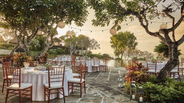 Bali Wedding | Bali Destination Wedding | Four Seasons Jimbaran Bay