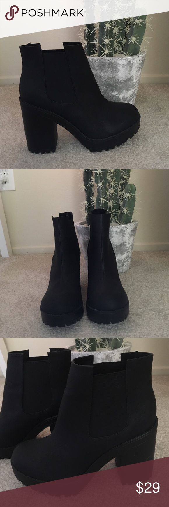 High heel chelsea boots Used only one time. Perfect condition. High heel chelsea boots from H&M. H&M Shoes Heeled Boots