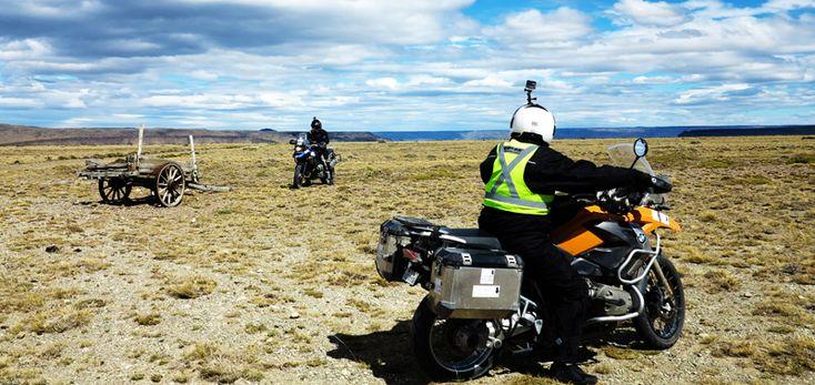 -------------------------------------------------------------------------- Moto Tour Patagonia e Terra del Fuoco di Capodanno -------------------------------------------------------------------------- DATE CONFERMATE: Dal 27 Dicembre all'11 Gennaio 2016 - 3.980 km, 75% ON, 25% OFF, 16 giorni, 2 paesi e 100% avventura!