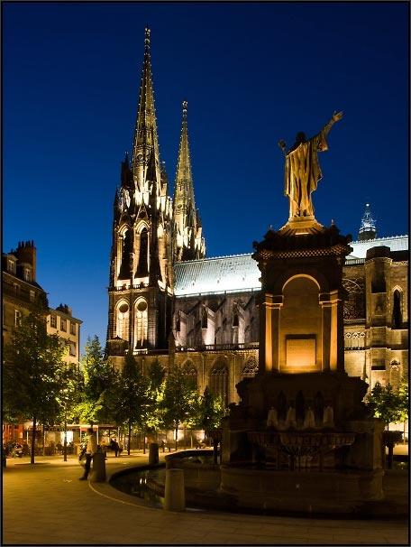 Clermont Ferrand, FRANCE. Cette ville me manque!