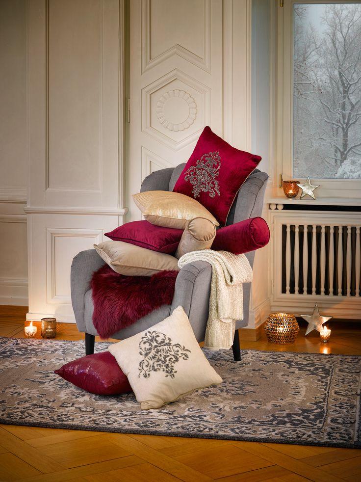 Zum Kuscheln schön: Entspannende Rückzugmöglichkeiten bieten weiche Kissen und anschmiegsame Decken.
