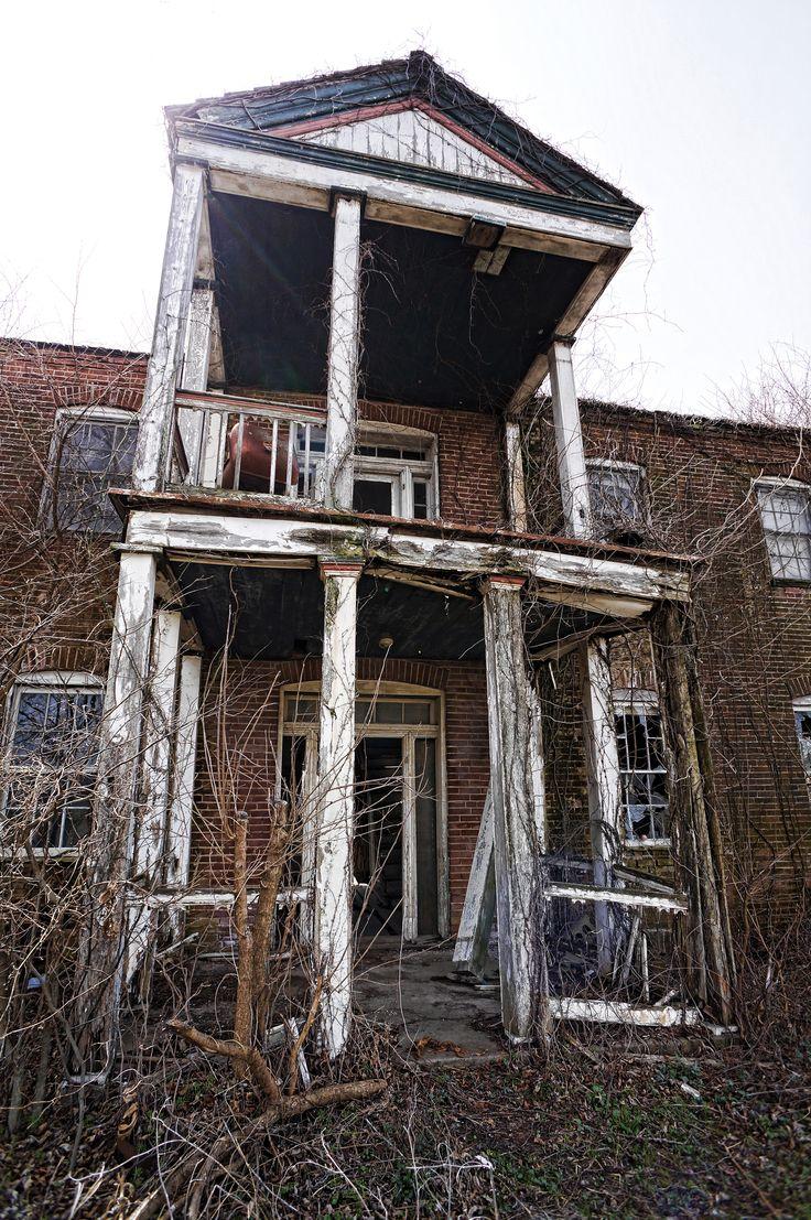 Abandoned farmhouse, Marthasville, MO