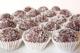 A legegyszerűbb édesség, általában (most is) a gyerekekre bízom az elkészítését. Hozzávalók 50 dkg darált háztartási keksz 20 dkg ...