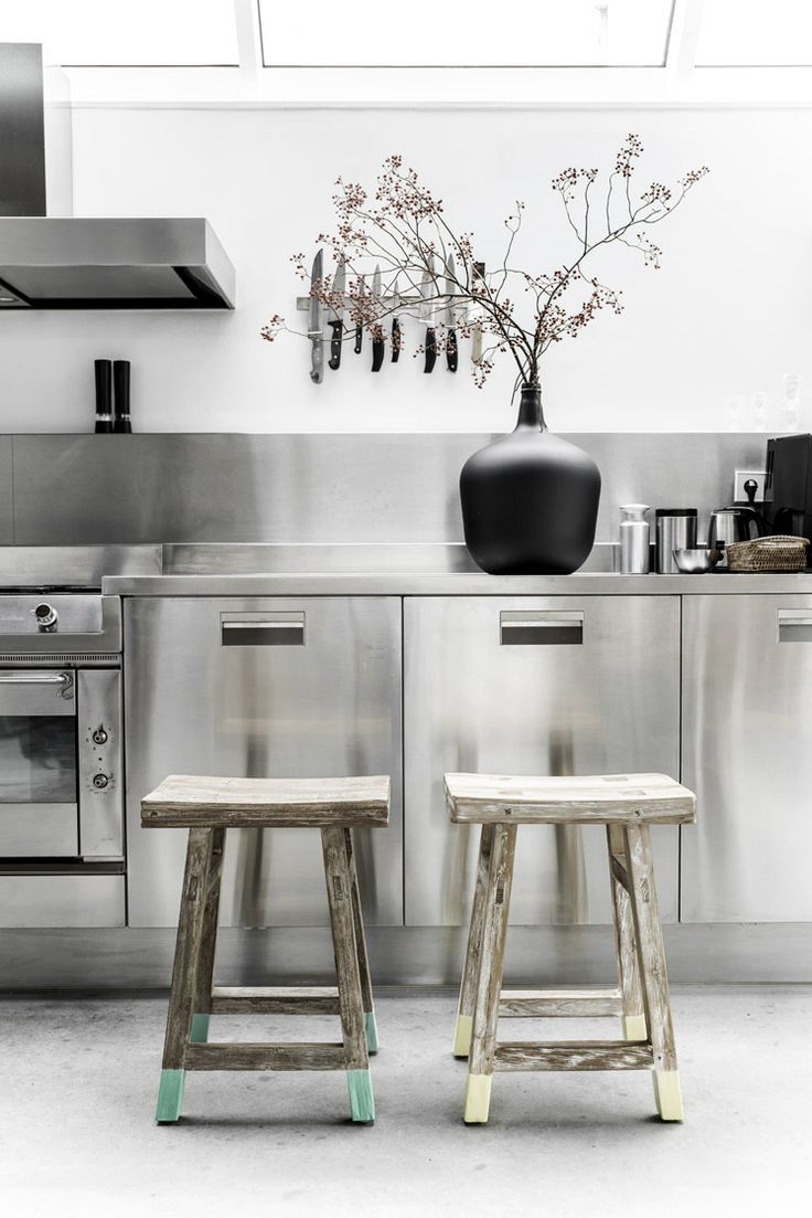 Look at the use of stainless steel in this #kitchen. What do you think of this kitchen? www.remodelworks.com