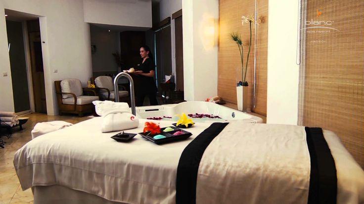 Your wedding guests will love Le Blanc Spa Resort #beachwedding #destinationwedding #travel #cancun