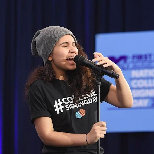 Alessia Cara Performs At National College Signing Day - http://oceanup.com/2016/04/27/alessia-cara-performs-at-national-college-signing-day/