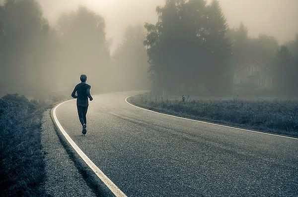 A reggeli futás (és mozgás) előnyei http://boszorkanykonyh.blogspot.hu/2015/02/a-reggeli-futas-elonyei.html