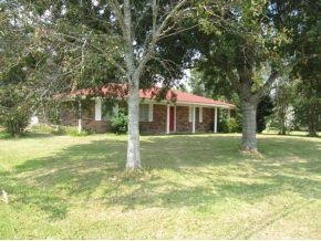 2432 Wagner, Orange but school district is OFISD.  Also, has another lot to the side and a big steel building in the back.  Call Taura Hogan 409-988-9188, t.dediego@yahoo.com to see this home