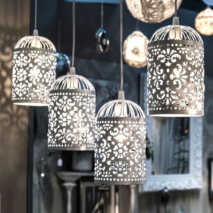¿Buscas un ambiente Ideal? Original conjunto de cuatro lámparas de techo de hierro labrado lacado en blanco. http://elhogarideal.com/es/iluminacion/1082-cuarteto-de-lamparas-blanca.html#.Vi7xgfkve1s