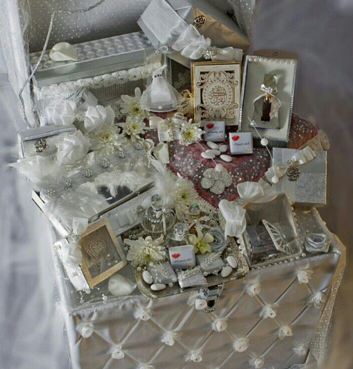 Wedding Gift Hampers Dubai : Arabic bridal gift #proposal #engagement #arab #gulf # ...