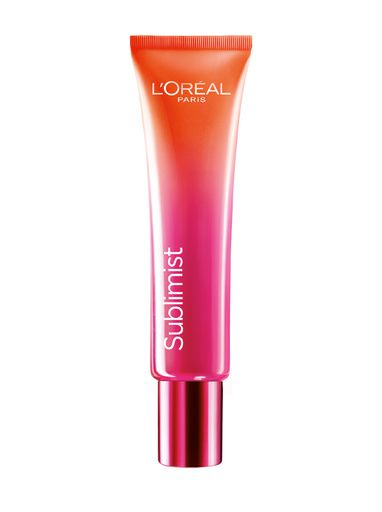Le soin anti-fatigue de L'Oréal Paris http://www.vogue.fr/beaute/buzz-du-jour/articles/soin-anti-fatigue-l-oreal-paris/23492