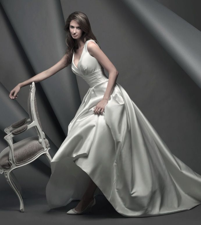 Editors Pick Suzanne Neville Wedding Dresses