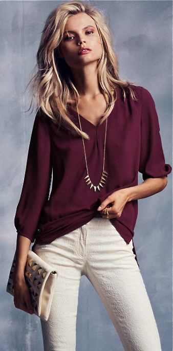 Gorgeous top paired with some lovely white jeans.