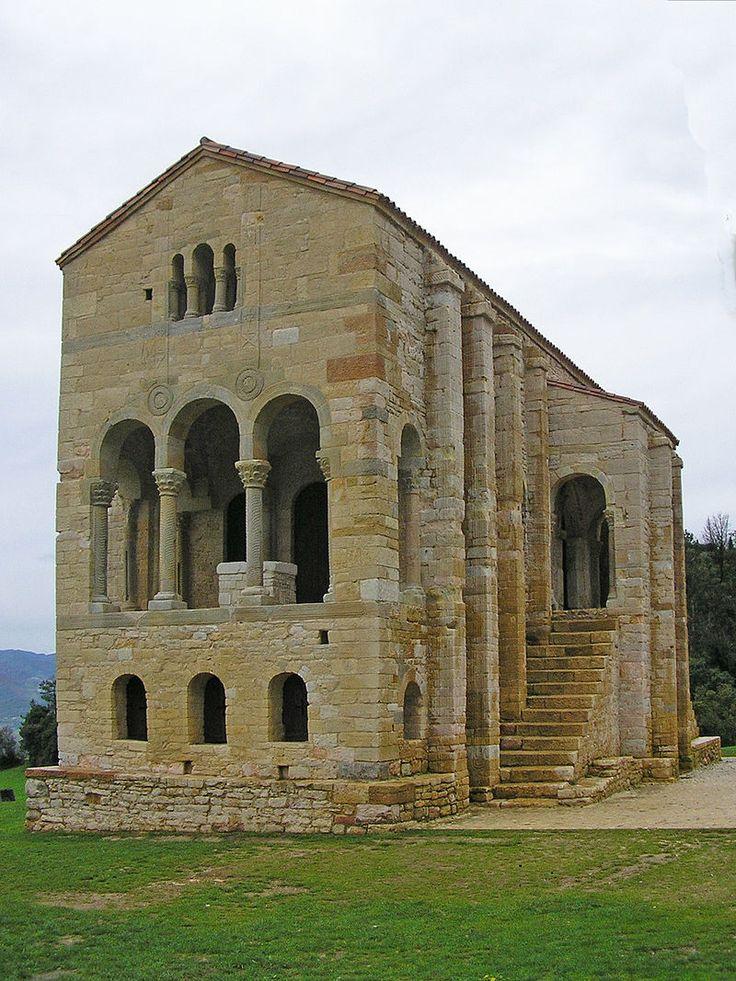 Santa Maria del Naranco 2 crop - Romanesque architecture - Wikipedia, the free encyclopedia