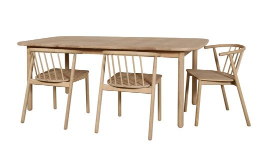 Vang dining table. Design: Andreas Engesvik.