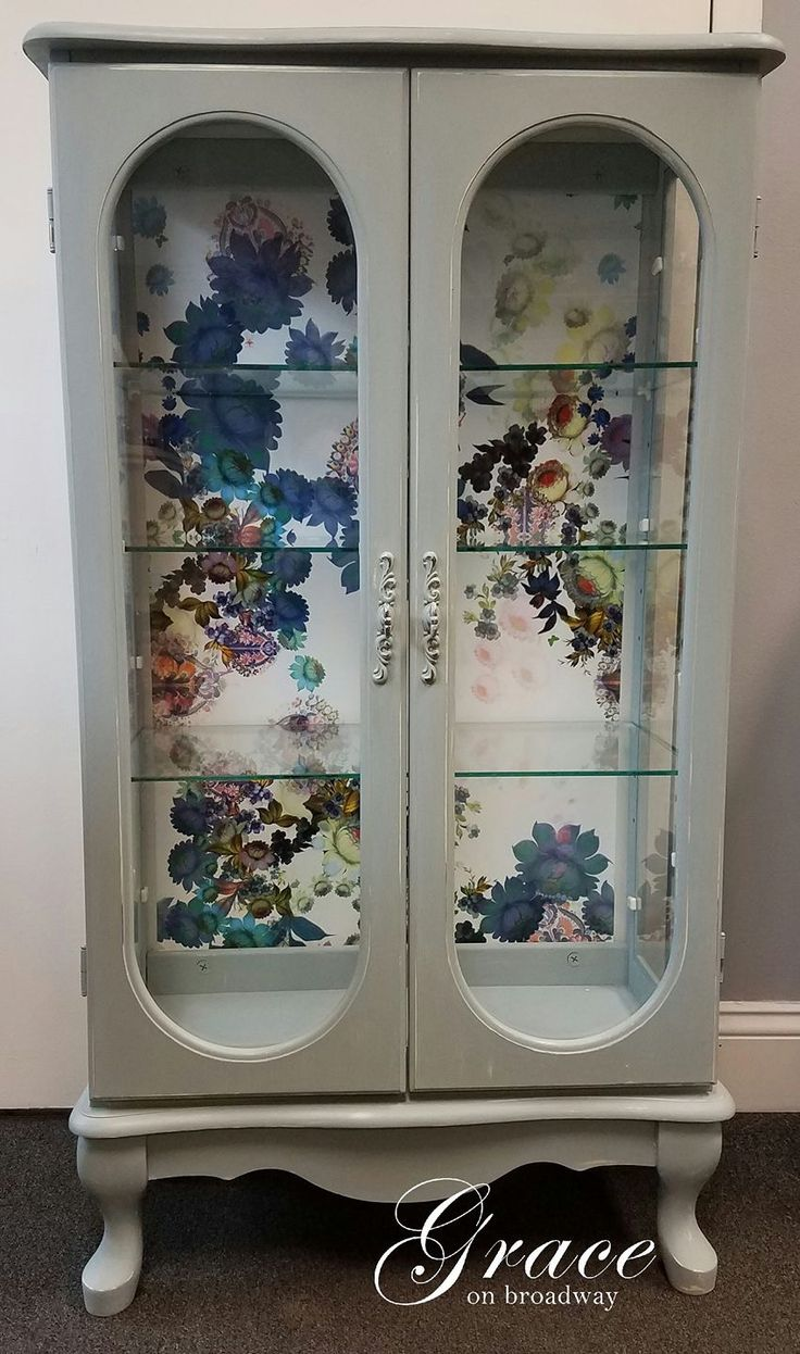 Grace On Broadway loves to chalk paint. This was completed with Dixie Belle Paint Company new color Savannah Mist! So many new colors.... so many new favorites!!!