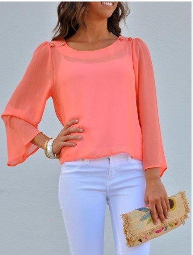 Love the coral top: Fashion, Summer Outfit, Style, Color, Spring Summer, White Pants, White Jeans, Spring Outfit, Coral Top