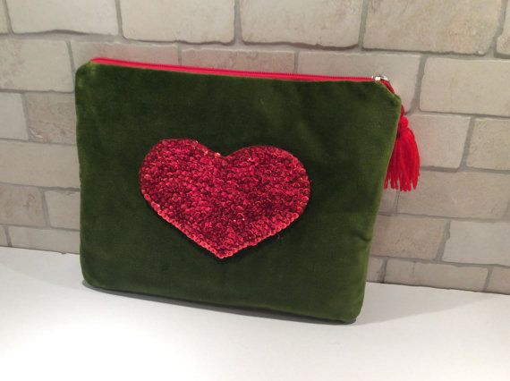 Velvet olive green clutch hand embroidered with red by Apopsis