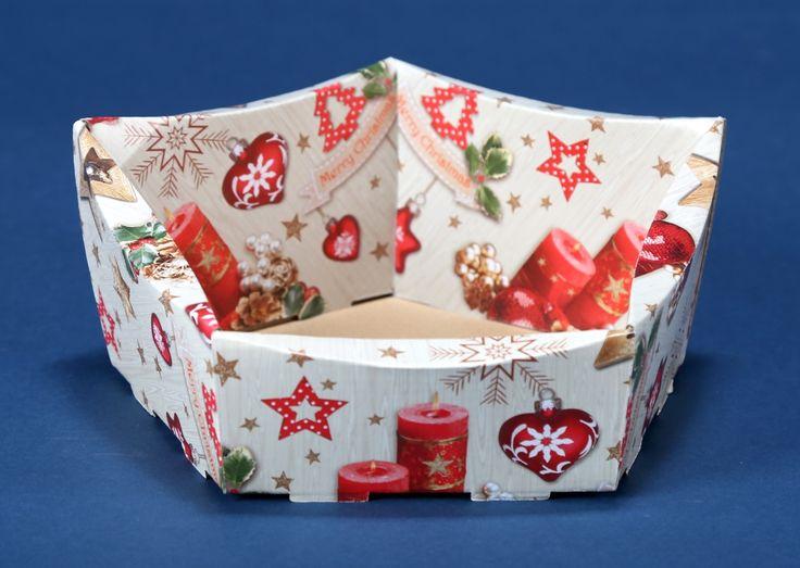 Kosze prezentowe z motywem świątecznym na Boże Narodzenie 9