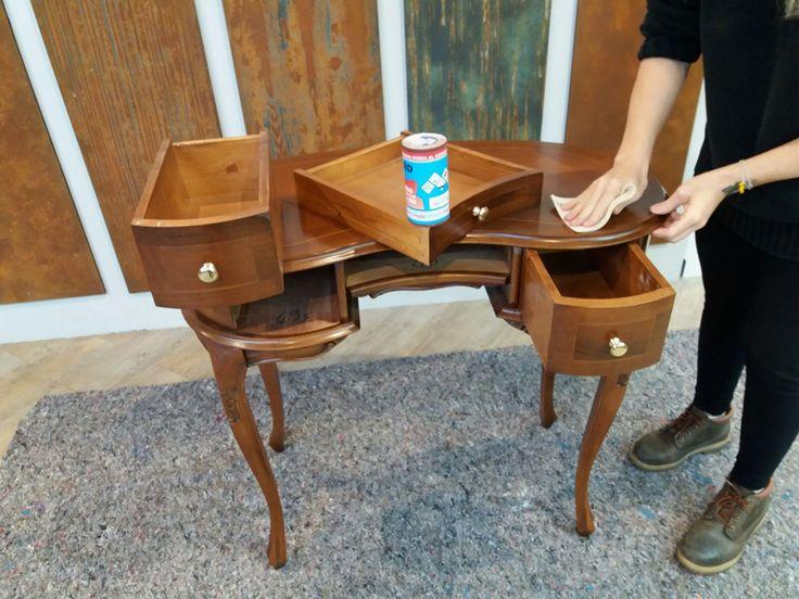 """Ieri è uscita sul blog di Annalisa questa guida utile a chi di voi vorrebbe imparare a lavorare il legno con il ciclo decorativo OXXIDO o semplicemente vedere come lo si può usare per raggiungere effetti Industrial Chic.    Estratto dal blog di Annalisa:    """"L'industrial è uno stile"""