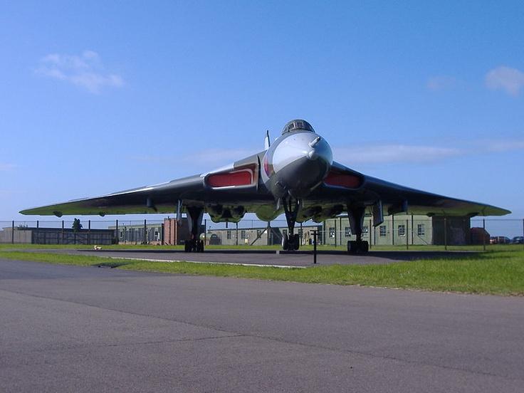 Avro Vulcan XM607 at RAF Waddington.