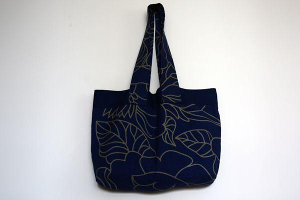 Yaprak Desenli Mavi Kumaş Çanta Zet.com'da 40 TL