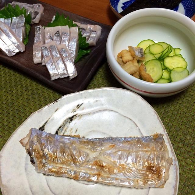 朝から太刀魚づくしw - 15件のもぐもぐ - 太刀魚のお刺身、塩焼き、酢の物 by char