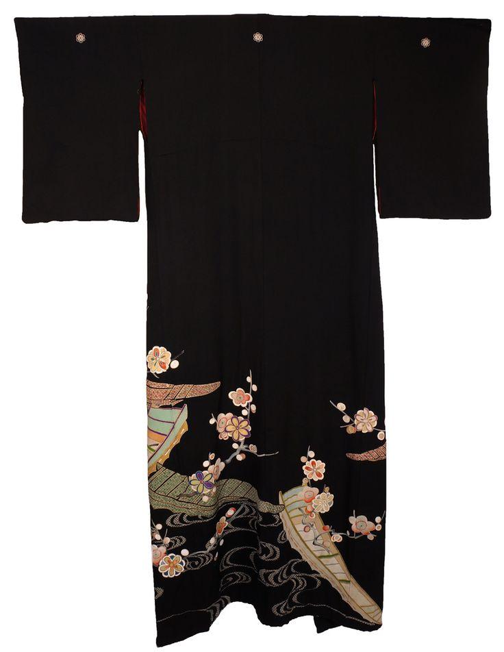 Antique Kimono Taisho Period Geisha Hikizuri Trailing Kuro Tomesode