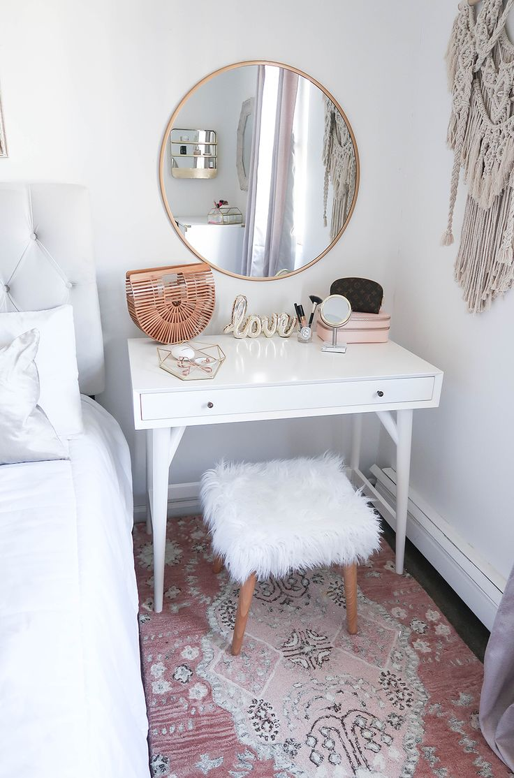 Small Bedroom, Small Vanity, Small Space Solutions | Styling A Vanity In A Small Space | White and Gold Bedroom | White and Gold Vanity | New York City Apartment | Small Apartment | DIY Vanity | Blush Bedroom | Neutral Home Decor | White and Gold Home Decor | Blush Print Rug | Faux Fur Wood Stool