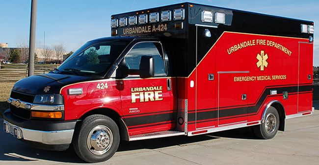 Urbandale Fire Department, Urbandale, IA - Ambulance 424 #urbandale #iowa #fire…