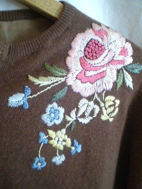 Lovely Vintage Embroidered 1950 Sweater por jclairep en Etsy