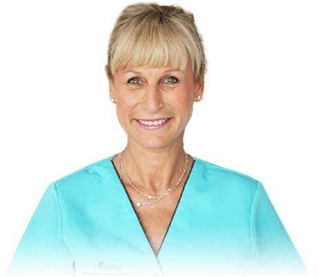 La Facette Dentaire Corrige Votre Sourire En 2 Séances Et Sans Douleur. Prenez RDV à Paris Aujourd'hui avec le Dr. Zisserman.