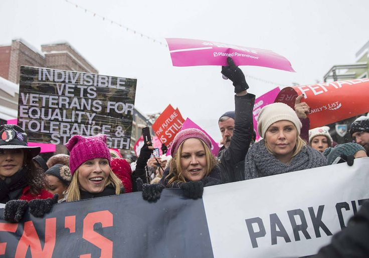 Chelsea Handler et Charlize Theron -Women's March