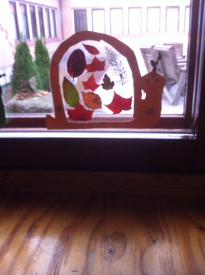 Etana ikkunaan