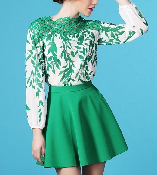 108b40be6 Blusa Estampa e Renda Verde   Moda   Blusas, Estampas e Verde
