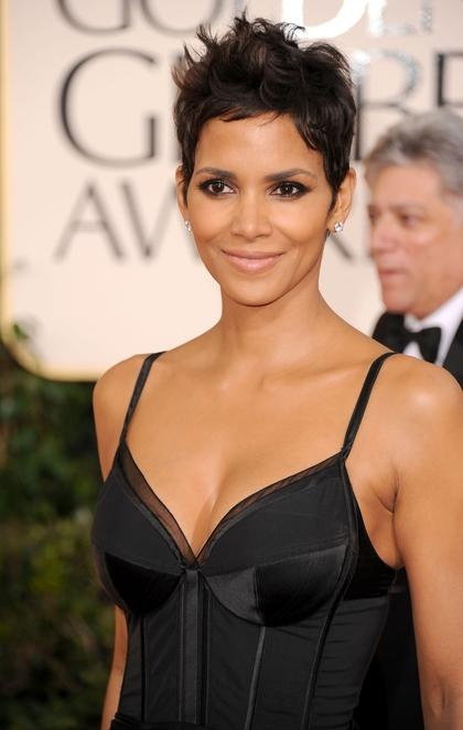 Halle Berry Dresses Up Her Pixie Cut With Lifted Curled
