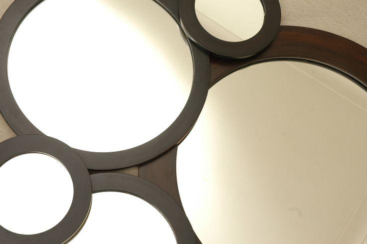 Espejos redondos con marco de madera espejos pinterest for Espejos redondos pequenos