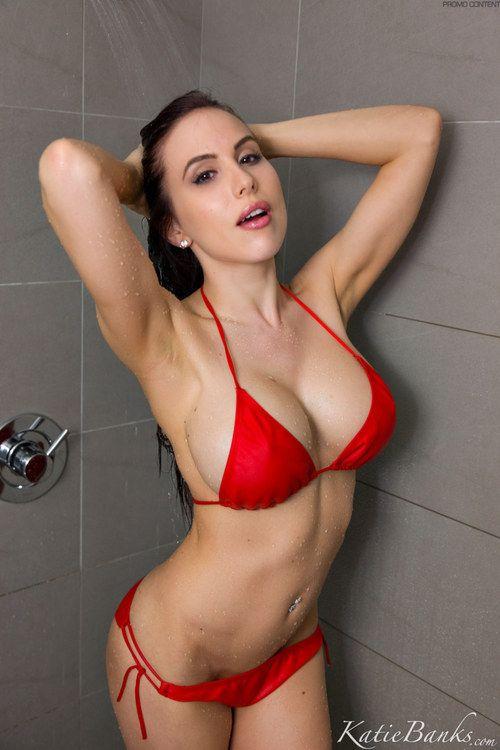 Katie Banks Nude Photos 2