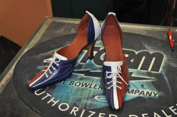 Who says bowling isn't fashionable?! We at www.perfectbowling.com have always thought it was.