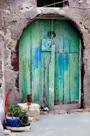 Afbeeldingsresultaat voor oude verweerde deuren