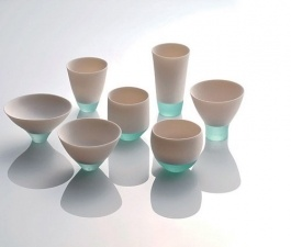By fusing of porcelain and glass, Misa Tanaka has created some vessels called, Shizukana Sora (Quiet Sky)