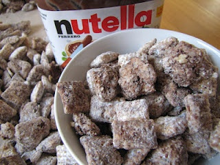 Nutella Puppy Chow.... I will be making this on Wednesday!! :-)