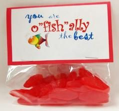 "Teacher appreciation gifts using Sweedish Fish.  You are o""fish""ally the best. Free printable template.  Many other teacher appreciation gift ideas."