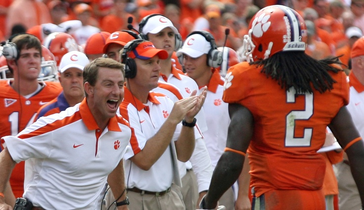 Dabo celebrates with Sammy Watkins. #clemson #tigers #clemsontigers