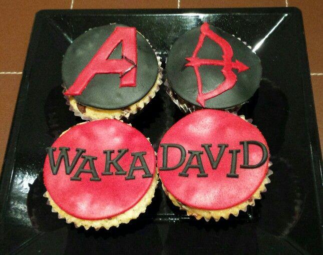 Cupcakes para darle la bienvenida a David al grupo Waka!