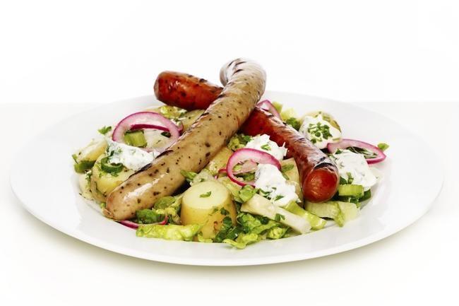 Stangepølser med grønn potetsalat