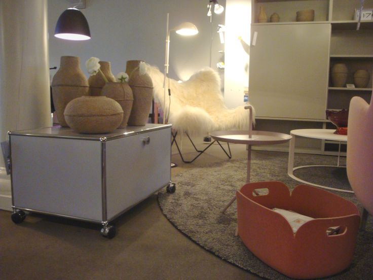 USM, Butterfly chair, Restore magazinemand, Ro Fauteuil