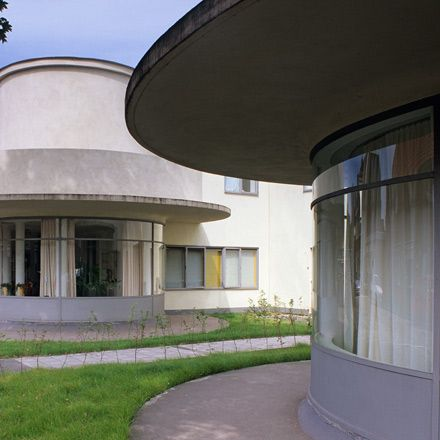 15 best images about jacobus jp oud on pinterest rotterdam the netherlands and walter gropius - Deco eetkamer oud ...