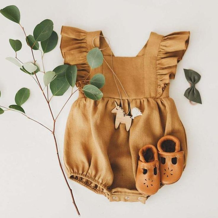 Material: CottonMaterial: PolyesterMaterial: WoolMaterial: LinenGender: UnisexAge Range: 0-6mAge Range: 7-12mAge Range: 13-24mPattern Type: SolidCollar: Square CollarClosure Type: PulloverSleeve Length(cm): Sleeveless Girls Playsuit, Baby Girl Romper, Girls Rompers, Baby Rompers, Baby Boy, Playsuit Romper, Baby Girls, Baby Outfits, Outfits Niños